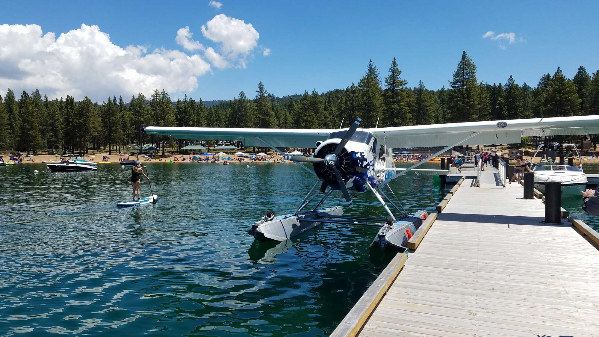 seaplane-at-a-tahoe-beach