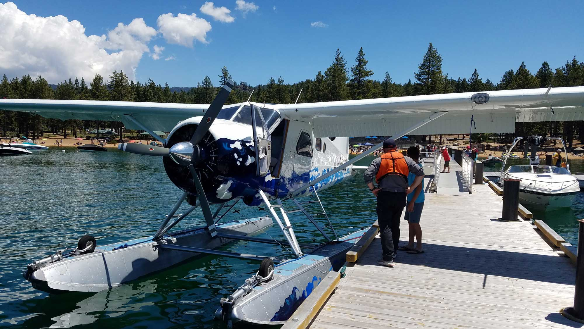 seaplane-passengers-ready-to-load